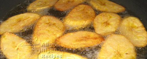 Tips on How to Fry Perfect Golden Plantains (Dodo)