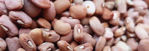 How to Preserve Nigerian Beans
